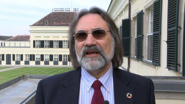 Nebojsa Nakicenovic Professor Nebojsa Nakicenovic Vienna Energy Forum 2017 YouTube