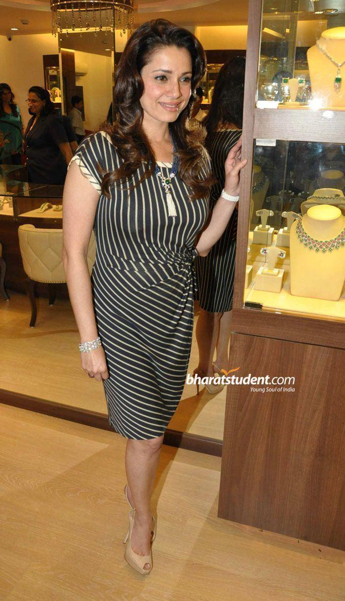 Neelam Kothari Neelam Kothari Jewellery Store Launch Photo Gallery