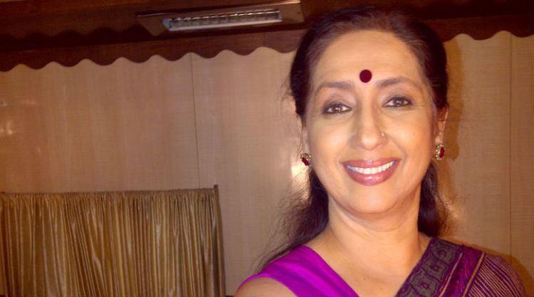 Neena Kulkarni TV offers more scope to older actor than films Neena