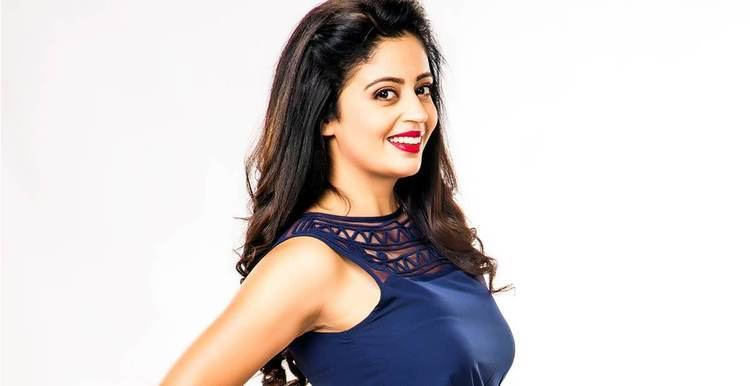 Neha Pendse Neha Pendse in a glamorous avatar for quotPremasathi Coming Suunquot