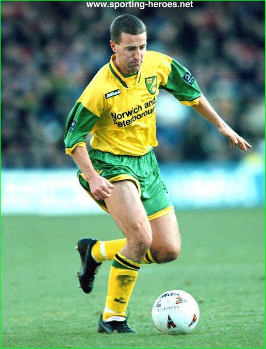 Neil Adams (footballer) Neil ADAMS League appearances for The Canaries