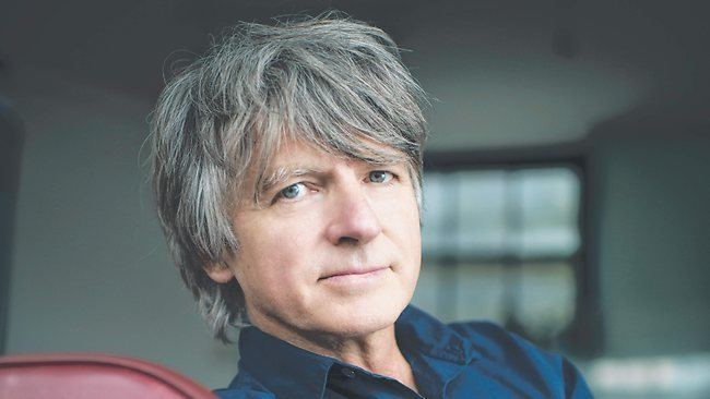 Neil Finn Neil Finn39s clouded house The Advertiser