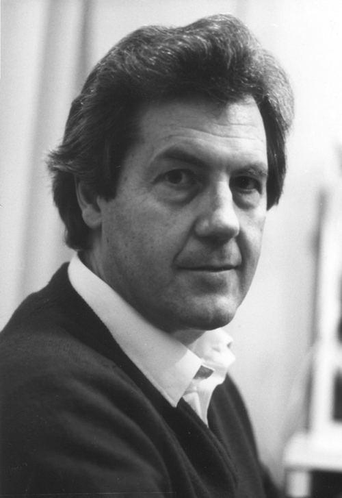 Neil Howlett Neil Howlett Baritone Short Biography