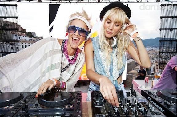 Nervo (DJs) 1000 images about NERVO lt3 on Pinterest Olivia d39abo Festivals