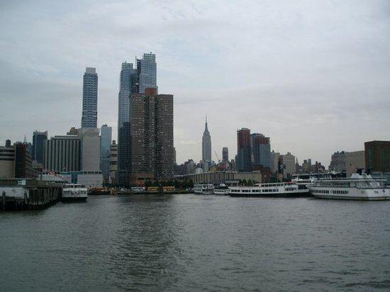 New York Harbor httpsmediacdntripadvisorcommediaphotos01