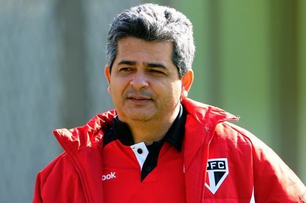 Ney Franco Caldeiro do Paulo Aps empate no BA x VI Ney Franco