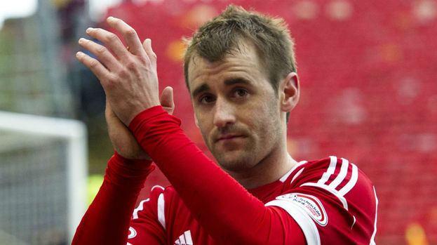 Niall McGinn Niall McGinn hailed for goalladen season with double