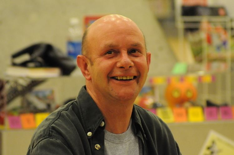 Nick Hornby Nick Hornby Wikipedia the free encyclopedia