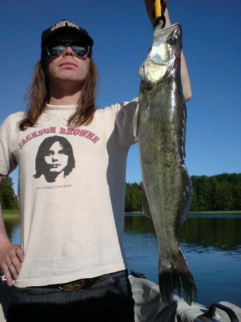 Nicke Andersson Nicke Andersson and the fish Hellacopters co Pinterest Fish