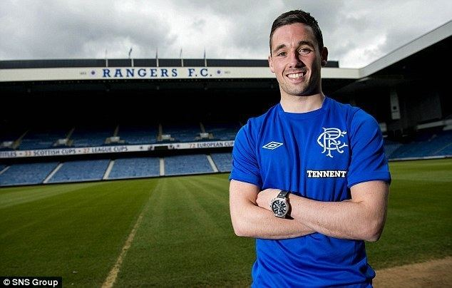 Nicky Clark Rangers unveil Nicky Clark as fourth signing this summer
