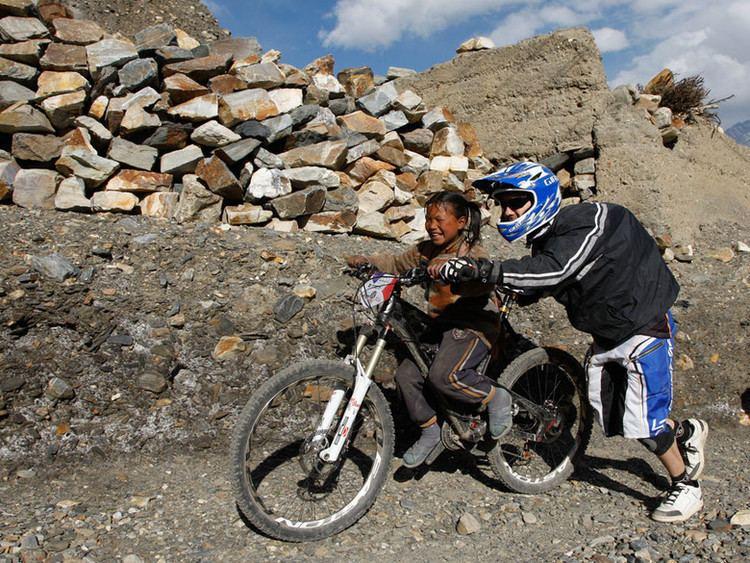 Nicolas Vouilloz Nicolas Vouilloz is back on the Urge Cabo Verde Mountain