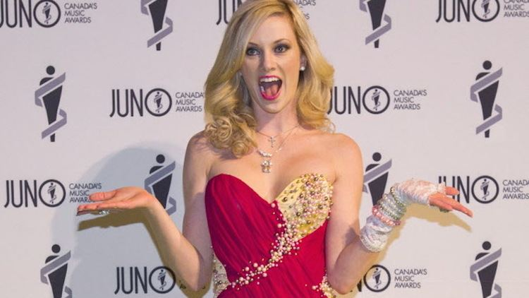 Nicole Arbour Dear Fat People39 comedian Nicole Arbour fired from job