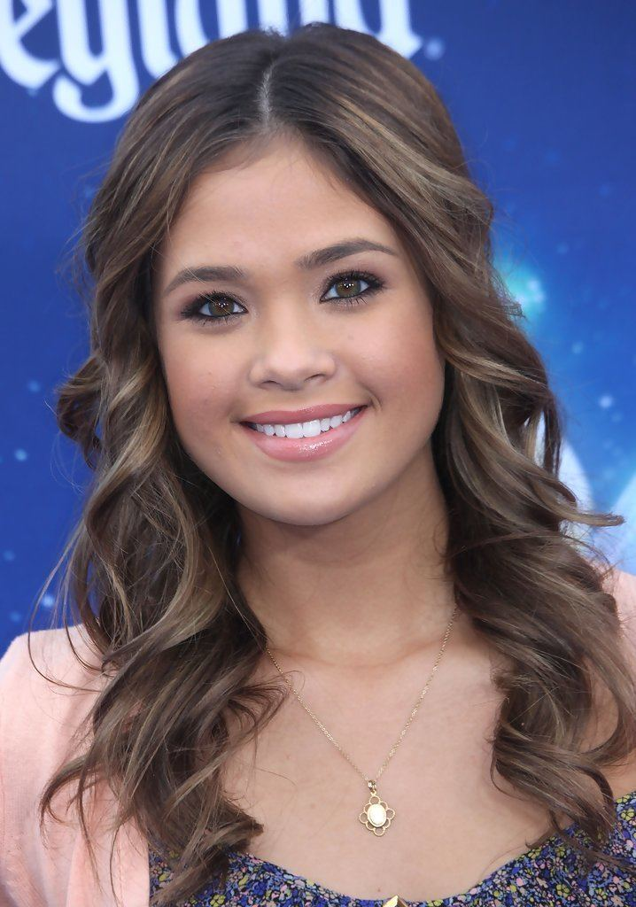 Nicole Gale Anderson Nicole Gale Anderson Pictures Photos amp Images Zimbio