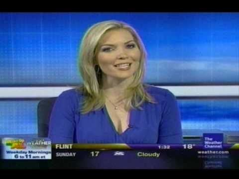 Nicole Mitchell (meteorologist) Nicole Mitchell gorgeous but very little legs 39cause TWC