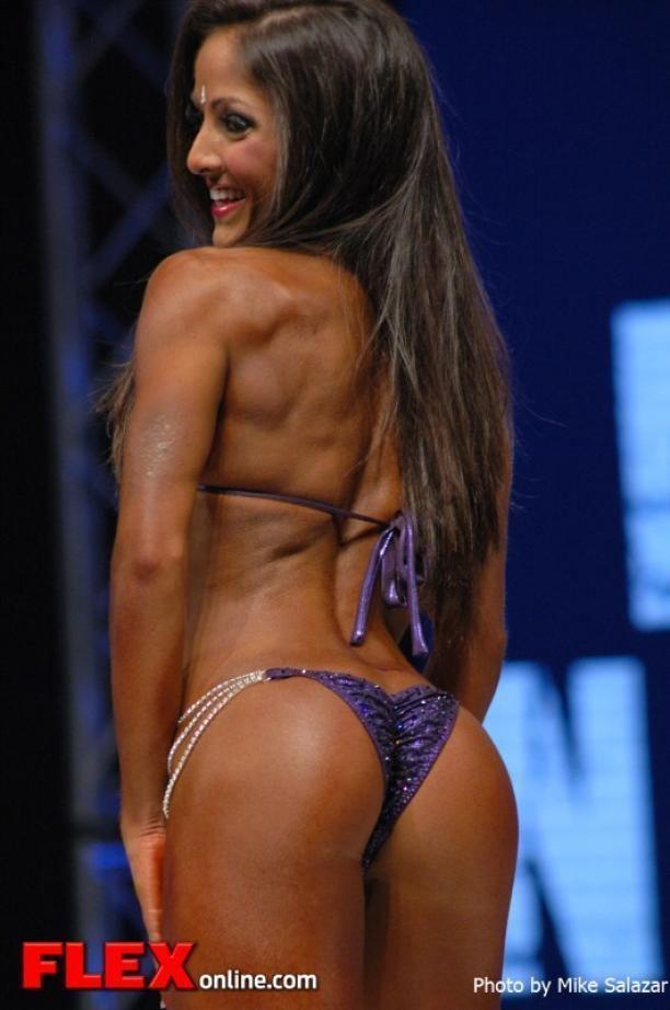 Nicole Nagrani Nicole Nagrani Bikini 2012 Sheru Classic FLEX Online