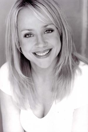 Nicole Sullivan Nicole Sullivan April 21 1970 Actress Comedian Writer Born in