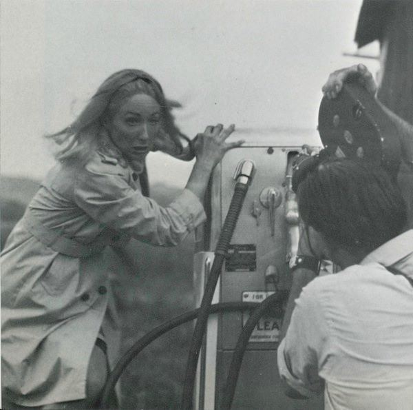 Night of the Living Dead movie scenes Behind the scenes pics and George Romero quotes for Night of the Living Dead 1968