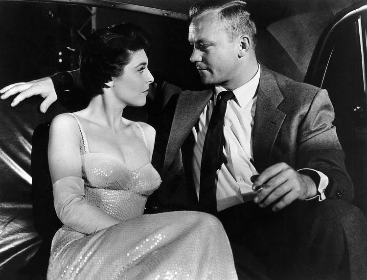 Nightfall (1957 film) Lauras Miscellaneous Musings Tonights Movie Nightfall 1957