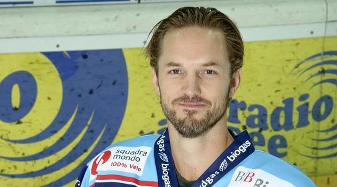 Niklas Persson Niklas Persson rejoint Linkping SwissHabs