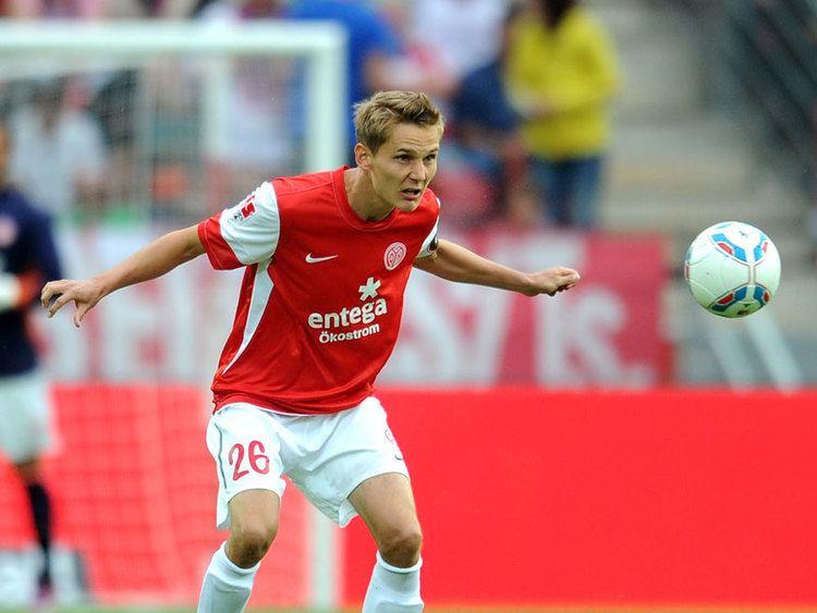 Niko Bungert Bungert widerlegt die Experten Bundesliga