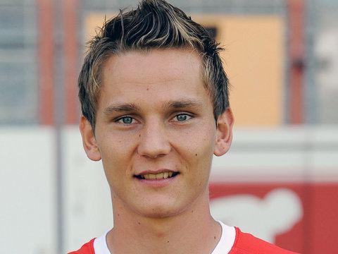 Niko Bungert Niko Bungert Mainz Player Profile Sky Sports Football