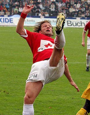 Nikolaj Hust Nikolaj Hust career stats height and weight age