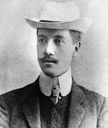 Nikolay Gumilyov Biography of Nikolay Gumilyov
