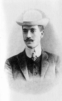 Nikolay Gumilyov 1910 Nikolay GumilyovpoetAnna Achmatovas