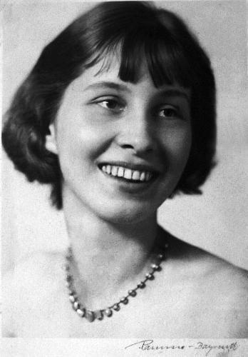 Nina Schenk Gräfin von Stauffenberg Nina Schenk Grafin von Stauffenberg Alchetron the free social