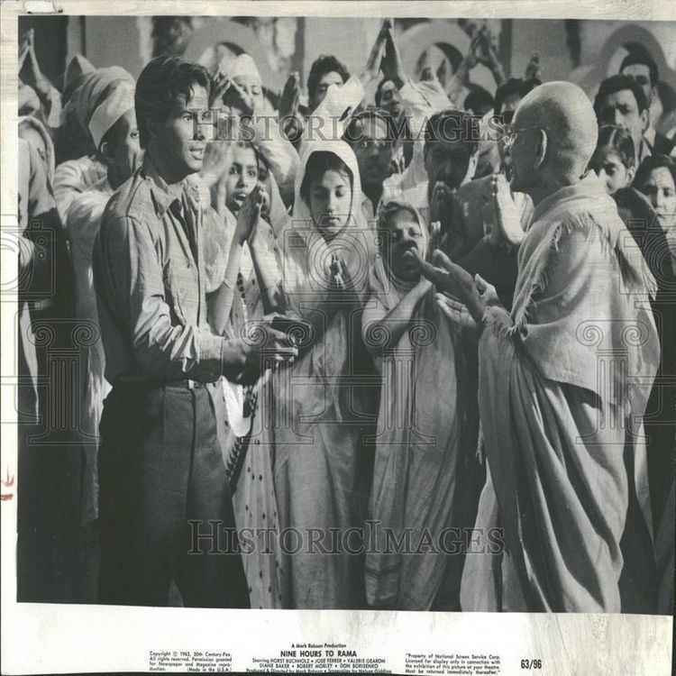 Nine Hours to Rama MKG Mahatma Gandhi in the 21st century NINE HOURS TO RAMA