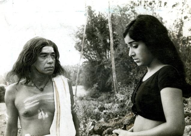 Nirmalyam movie scenes  P J Antony and Sumithra in Nirmalyam 1973