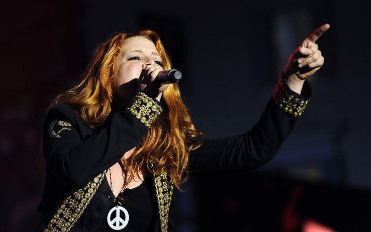 Noemi (singer)