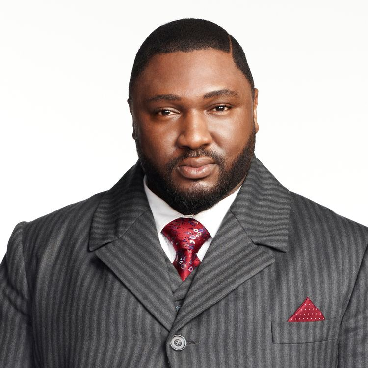 Nonso Anozie Nonso Anozie About Dracula NBC