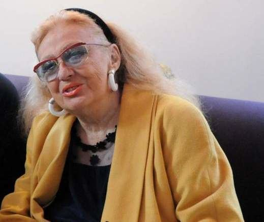 Nora Nova