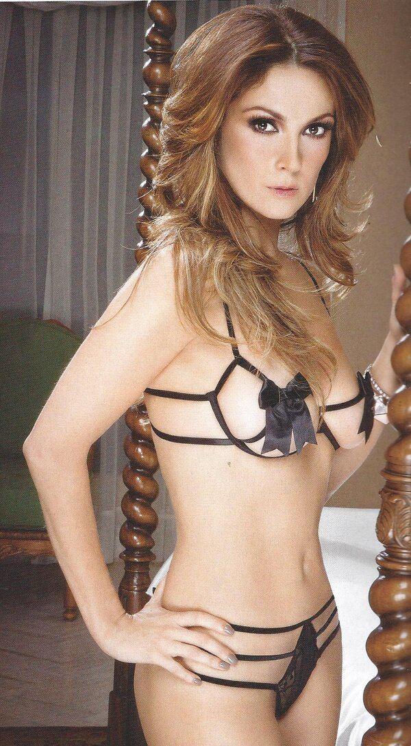 мулатка актриса нора салинас голые фото порно фото