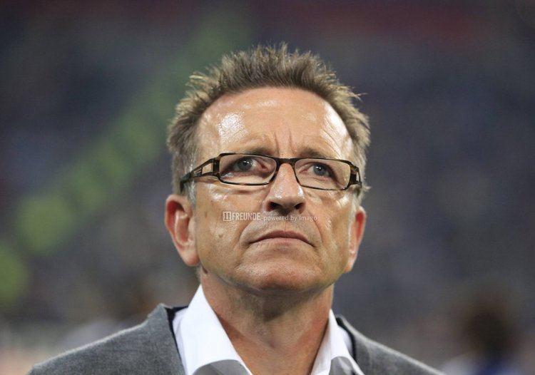 Norbert Meier Norbert Meier ber Bremen gegen Hannover 11 Freunde