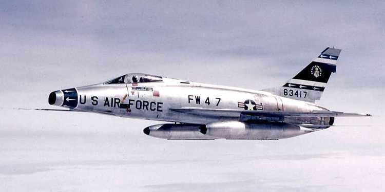 North American F-100 Super Sabre Palm Flying North American F100 Super Sabre