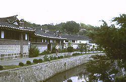 North Hwanghae Province httpsuploadwikimediaorgwikipediacommonsthu