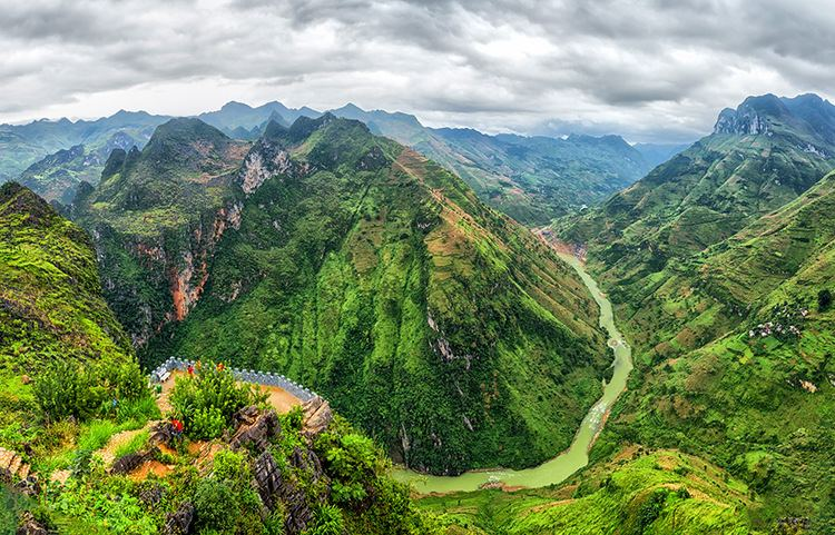 North Vietnam NORTHERN VIETNAM Without a travel agency