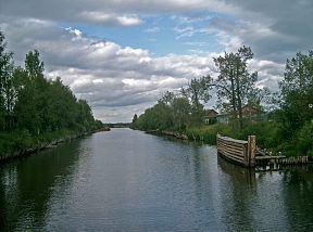 Northern Dvina Canal httpsuploadwikimediaorgwikipediacommonsthu