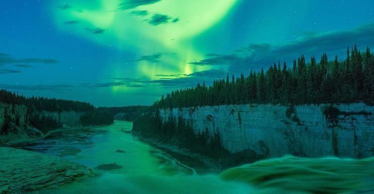 Home | Spectacular Northwest Territories