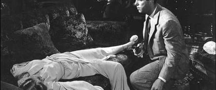 Nothing but Trouble (1944 film) movie scenes Double Indemnity Movie Review