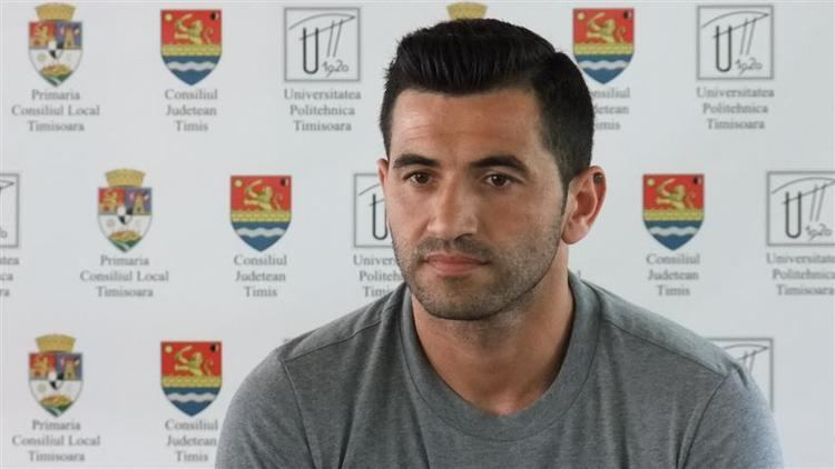 Nuno Claro Nuno Claro atras de proiectul FC Olt Radio Timioara
