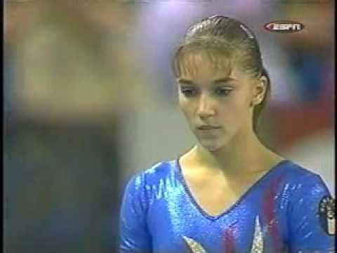 Oana Petrovschi Oana Petrovschi 2002 Worlds Finals Vault 1 YouTube