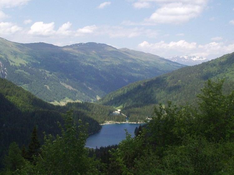 Obernberger See httpsuploadwikimediaorgwikipediacommons33