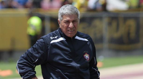 Octavio Zambrano Octavio Zambrano el tcnico tuitero del Campeonato El