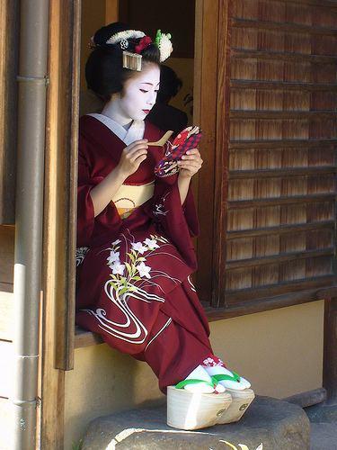 Okobo 1000 images about Okobo Pokkuri on Pinterest Traditional