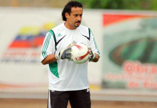 Olaf Heredia Olaf Heredia seguir como entrenador de porteros en Chivas