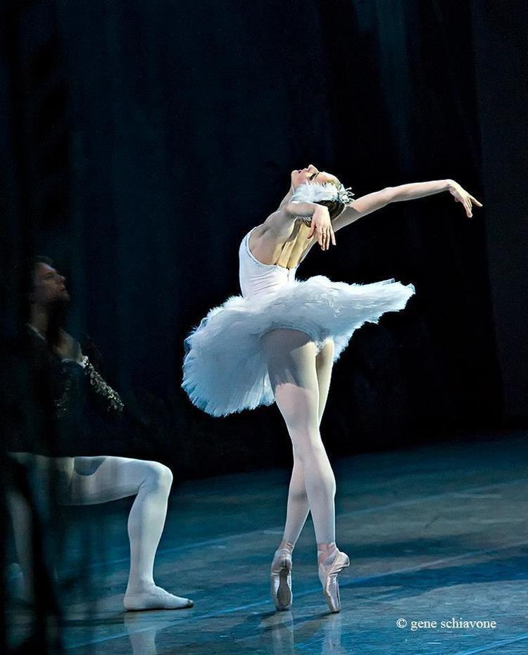 Olga Esina BALLETOMANA Olga Esina and Yevgeny Ivanchenko in Swan