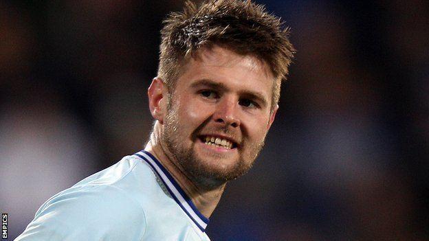 Oliver Norwood BBC Sport Man Utd midfielder Oliver Norwood joins